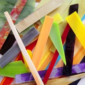 Assortiment de chutes de tiges et de plaques de verre couleurs variées 500 g