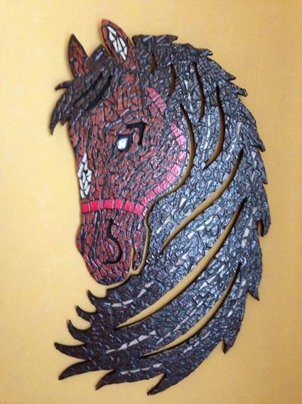 tête de cheval en mosaique emaux de briare