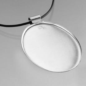 Support collier rond en métal 4,9 cm et cordon en cuir noir à décorer en mosaïque