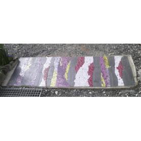 Décor de dalle extérieure en ardoise et autres matériaux