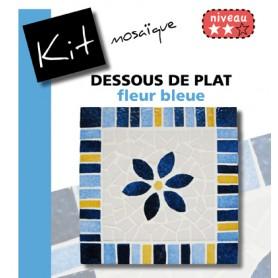 Kit Mosaïque Support bois Carré décoré avec des Emaux de Briare dans les tons bleues et jaunes avec une fleur bleue centrale