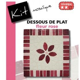 Kit Mosaïque Support bois Carré décoré avec des Emaux de Briare dans les tons roses et blanc avec une fleur rose centrale