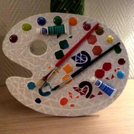 Palette de peinture en mosaique