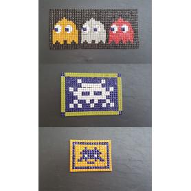 Exemple de 3 tableaux en mosaïque Pixel art réalisés sur des supports en ardoise et décorés avec de la micro-porcelaine