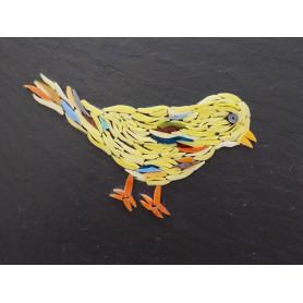 Exemple de tableau en mosaïque motif oiseau réalisé sur un support ardoise et décoré avec des tiges de verre et des millefiori