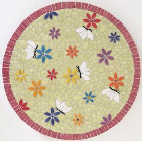 Exemple de mosaïque Plateau tournant aux motifs fleuris décoré avec des pétales en céramique et des Emaux de Briare
