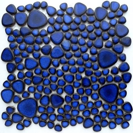 Galets japonais en grès COBALT bleu émaillés mélange aléatoire de tailles vendus à la plaque de 27 × 27 cm