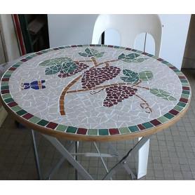 Exemple de Table en mosaïque cigale et raisin décorée avec des Emaux de Briare Harmonie
