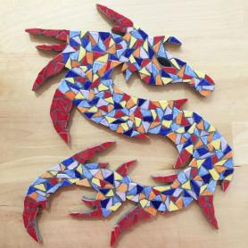 Exemple de mosaïque Support Dragon décoré en Emaux de Briare Harmonie dans un style arlequin