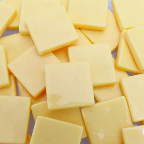 Pâtes de verre lisses couleur VANILLE pour mosaïque 2 × 2 vendues par 100 g