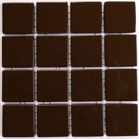 Emaux 24 Marron foncé 2,35 × 2,35 cm vendus à la mini-plaque de 16 carreaux