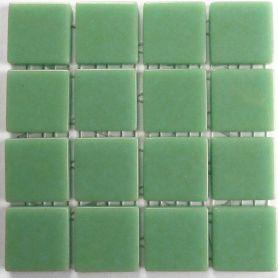 Emaux 24 Vert pâle 2,35 × 2,35 cm vendus à la mini-plaque de 16 carreaux