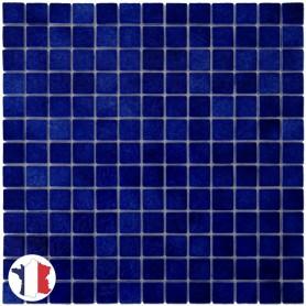 Emaux de Briare DANUBE bleu nuit brillants pour mosaïque 2,5 × 2,5 cm sur filet vendus à la plaque ou par boîte de 9 plaques