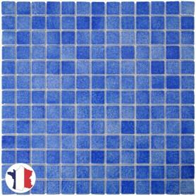 Emaux de Briare ASTER bleu azur brillants pour mosaïque 2,5 × 2,5 cm sur filet vendus à la plaque ou par boîte de 9 plaques