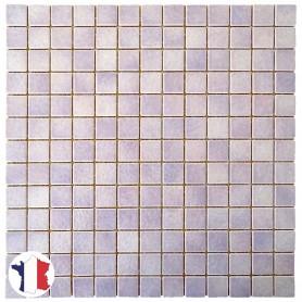 Emaux de Briare CAMPANULE mauve brillants pour mosaïque 2,5 × 2,5 cm sur filet vendus à la plaque ou par boîte de 9 plaques