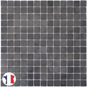 Emaux de Briare SCHISTE gris souris brillants pour mosaïque 2,5 × 2,5 cm sur filet vendus à la plaque ou par boîte de 9 plaques