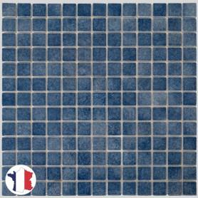 Emaux de Briare ÉGÉE bleu jean's brillants pour mosaïque 2,5 × 2,5 cm sur filet vendus à la plaque ou par boîte de 9 plaques
