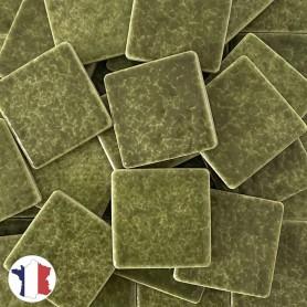 Emaux de Briare couleur ORTIE vert mousse brillants pour mosaïque 2,5 × 2,5 cm vendus par 100 g
