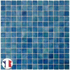 Emaux de Briare GALAPAGOS bleu vert chiné pour mosaïque 2,5 × 2,5 cm au m2 vendus par boîte de 9 plaques