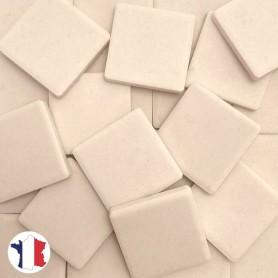 Emaux de Briare Mazurka couleur CHAUX blanc rosé mats pour mosaïque 2,5 × 2,5 cm vendus par 100 g