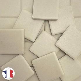 Emaux de Briare Mazurka couleur MASTIC beige clair mats pour mosaïque 2,5 × 2,5 cm vendus par 100 g
