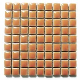 Mini-porcelaine 1 × 1 cm couleur CLÉMENTINE orange pour mosaïque vendue à la plaque