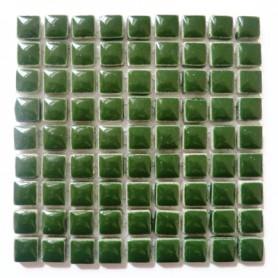 Mini-porcelaine 1 × 1 cm couleur MOUSSE vert foncé pour mosaïque vendue à la plaque