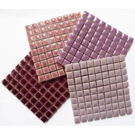 Mini-porcelaine 1 × 1 cm camaïeu DOUCEUR pour mosaïque vendue en lot de 4 plaques de couleurs assorties